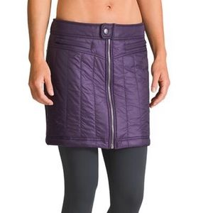 ATHLETA Toasty Buns Quilted Skirt